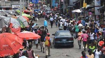 Las actividades se reanudan parcialmente en Haití pero persiste la tensión