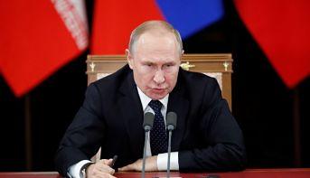 Putin admite posibilidad de desconexión rusa de la red mundial de Internet
