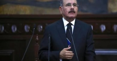 Presidente Medina anuncia aumento de sueldos para empleados públicos de RD