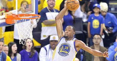 Durant y Curry, los primeros que eligieron James y Antetokounmpo