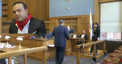Zacarías Ferreira en corte de Massachusetts demandado por incumplimiento de contratos