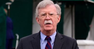 """Bolton afirma que EE.UU. considerará el despliegue de fuerzas armadas de otros países en Venezuela """"como una amenaza directa a la paz"""""""