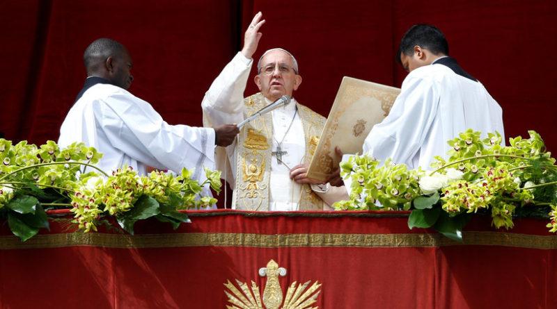 El papa Francisco aprueba una ley que obliga a los jerarcas del Vaticano a denunciar los casos de abuso sexual