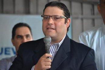 """ATENCION CONGRESO: Sanz Lovatón: """"La reelección llevaría al país a un grave retroceso institucional y económico"""""""
