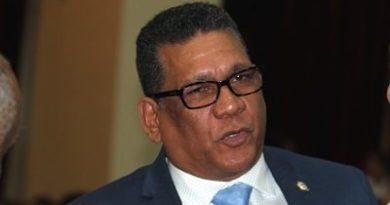 AY MI MADRE! Rubén Maldonado tomará medidas ante presunta amenaza de Cury