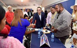 BIEN POR EL : Navarro ordena desmonte de seis vallas publicitarias colocadas en su apoyo