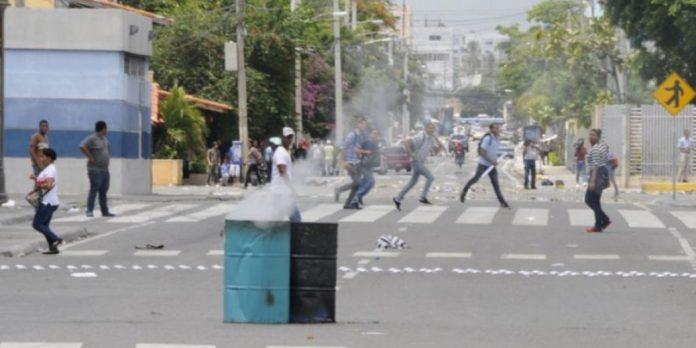 Retorna la calma tras protestas en la UASD