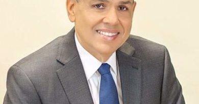 Dr. Tabare Rodidruez, explota en las redes sociales, amenaza al fiscal Nelson Rodriguez.