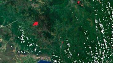 Incendio de magnitud considerable afecta Valle Nuevo