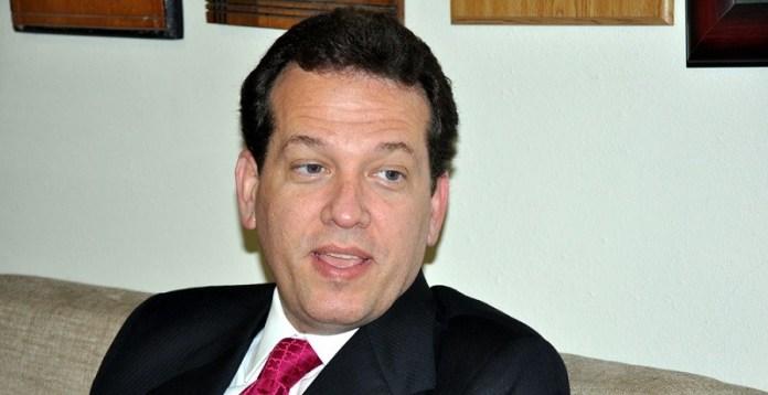 Ito Bisonó propone la exclusión del PGR del CNM