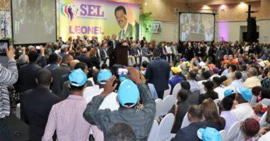 Leonel Fernández asegura movimientos externos constituyen fuerza decisiva en las elecciones