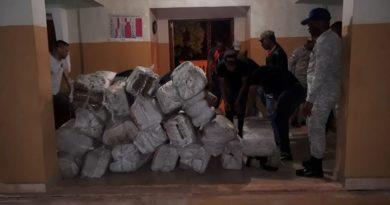 OTRO PALO;Armada de la RD decomisa 1.422 libras de presumible marihuana en isla Beata
