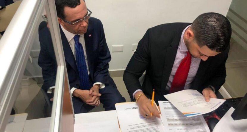 Andrés Navarro solicita a Cámara de Cuentas auditar su gestión en Cancillería y Educación