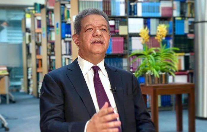 Leonel Fernández encabezará encuentro con directivos deSector Externo