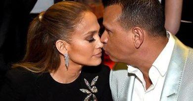 Comparemos los 5 anillos de compromiso de Jennifer Lopez