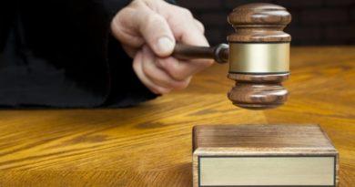 Benévola sentencia a desabollador dominicano por robo de identidad lo salvaría de la deportación