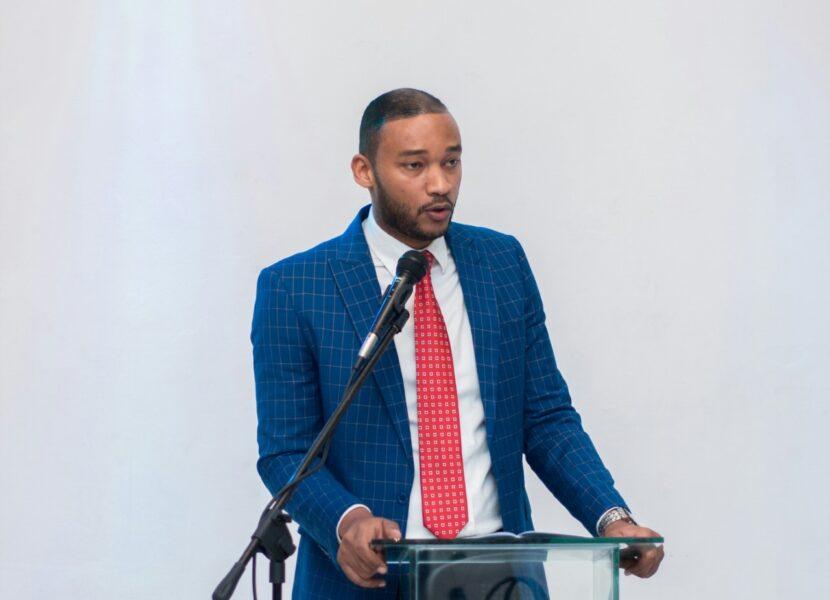 Pablo Román propondrá Voluntariado Municipal Educativo para Santo Domingo Este.