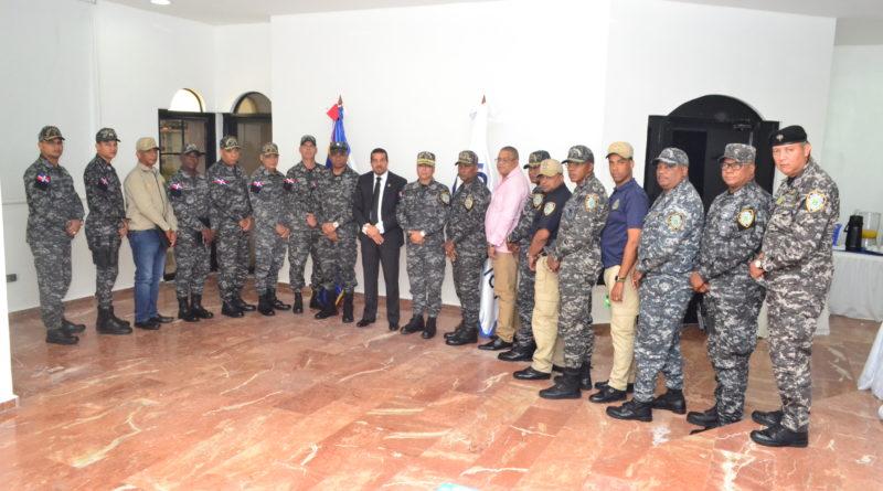 Fiscal Milcíades Guzmán coordina acciones con mandos regionales policiales de Santo Domingo Este, Norte y Boca Chica