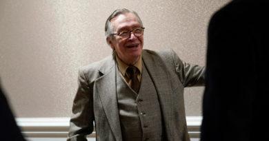 """El filósofo preferido de Bolsonaro afirma que el ascenso del nazismo y la Segunda Guerra Mundial """"fueron planeados por Stalin"""""""