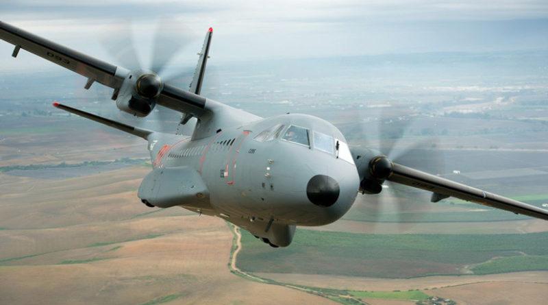 Un herido grave y diez leves en un accidente de un avión militar en España