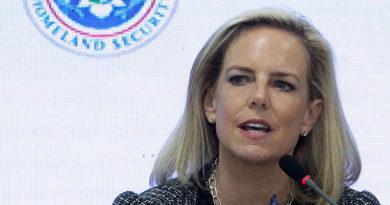 Renuncia la secretaria de Seguridad Nacional de EE.UU.
