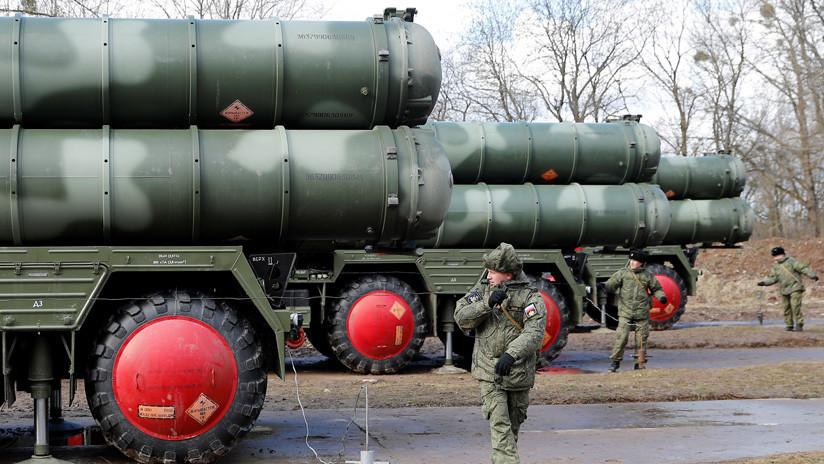 """Canciller turco: """"Si EE.UU. se niega a vendernos misiles Patriot, podemos comprar otro S-400 u otro sistema de defensa aérea"""""""