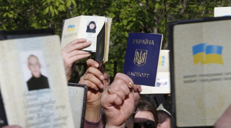 """Putin: """"Evaluamos simplificar la concesión de la nacionalidad rusa a todos los ucranianos"""""""