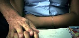 ATENCIÓN : Envían a prisión a profesor acusado de acoso sexual de menor en centro educativo