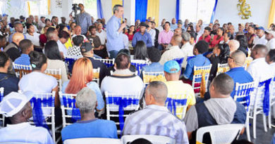 Abinader dice que incimplimiento de ley mantiene problemas país
