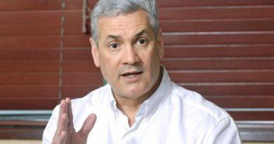 """DEBATE REELECCIÓN : Gonzalo Castillo:""""Si el pueblo quiere al presidente Danilo Medina la iglesia estará al lado del pueblo"""""""