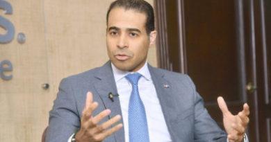 Dantés Díaz dice propuesta de Abinader sobre titulación demuestra desconocimiento y es una burla