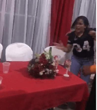 Detienen a una mujer por interrumpir de forma violenta una boda en Jarabacoa
