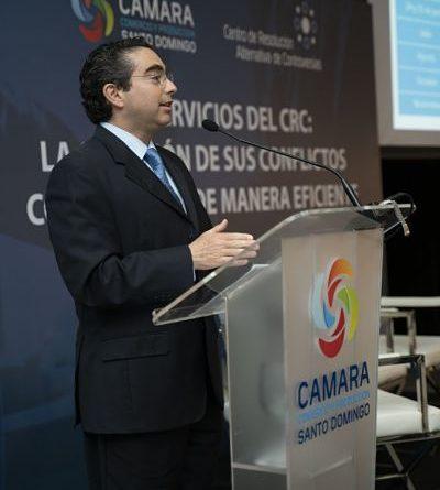 Experto internacional exhorta a empresarios locales a hacer uso de los medios alternos para resolver conflictos comerciales
