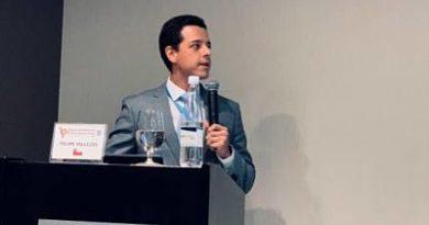 Felipe Vallejos llama políticos a hablar menos y ser contundentes