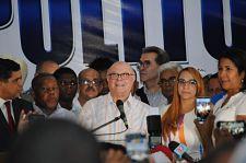 LLEGO PAPA ; Hipólito Mejia promete encabezar un gobierno que enfrente la corrupción , la impunidad,la transparencia y proporciones empleos de calidad.