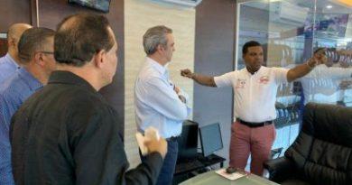 Luis Abinader visita Dajabón y se reúne con una gran cantidad de dirigentes y miembros del PRM