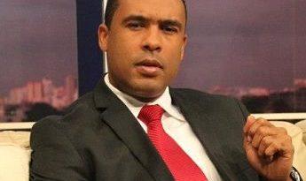 OJO CON ESTO ;Regidor Elvis Rosario pide auditoría en Ayuntamiento de San Cristóbal