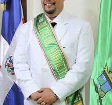 OTRO MAS :Alcalde PRSC de Jarabacoa se cambia al PLD y apoya reelección de Danilo
