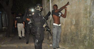 Decenas de personas son detenidas en operativos contra el microtráfico