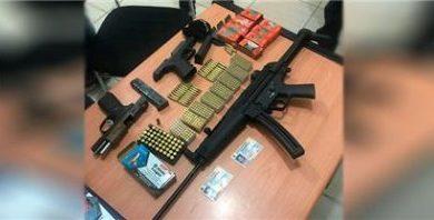 PN apresa dos hombres y ocupa armas de fuego en Licey al Medio