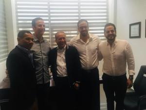 Precandidato presidencial Reynaldo Pared Pérez visita al alcalde Walter Musa