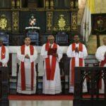 Sacerdotes arremeten contra aprestos reeleccionistas y la justicia en Sermón de las Siete Palabras