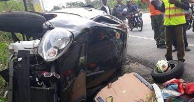 VIVO PARA CONTARLO ;Conductor sale ileso de accidente; dice que se quedó dormido