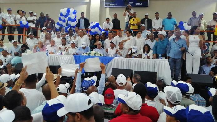 PRD se reactiva con multitudinarios actos en San Cristóbal y Ocoa