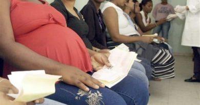 ATENCIÓN :En 2018 un 58 % de embarazadas de maternidad de Los Mina consumió alcohol