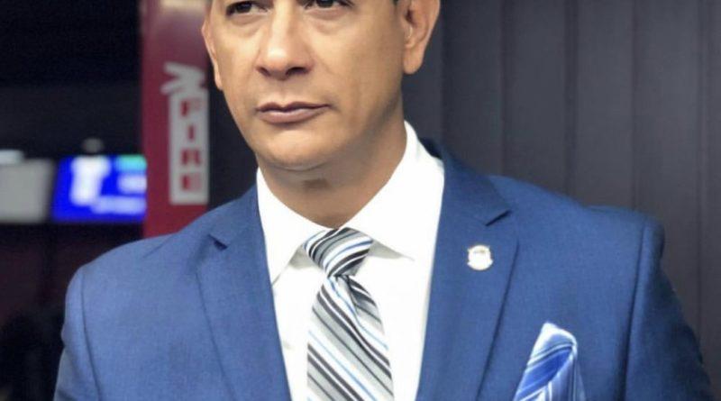 BAJO DURO:El Diputado del PRM por la provincia de Stgo. Tildó de dictador y arrogante al presidente de la cámara baja Radhamés Camacho.