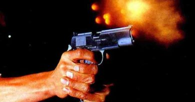 Capitán de la PN mata hombre e hiere a su pareja en colmado de Los Mina