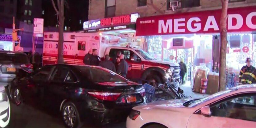 Ambulancia se estrella contra bodega dominicana en el Alto Manhattan y deja cuatro heridos