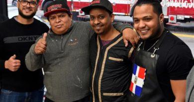 Barberos dominicanos salvan de morir quemados a inmigrantes chinos durante un fuego en Boston