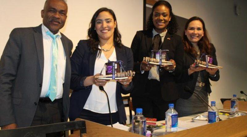 Cuadro de textoConsulado en Boston enseña calidad y tradición de cacao y chocolate de RD a estudiantes de Harvard